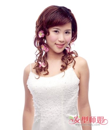 新娘斜刘海卷发公主头发型图片