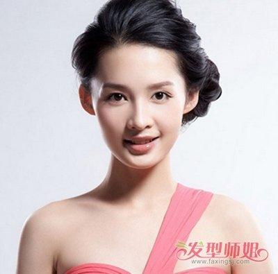 夏天去参加婚礼要弄什么发型 夏季田园小清新发型图片