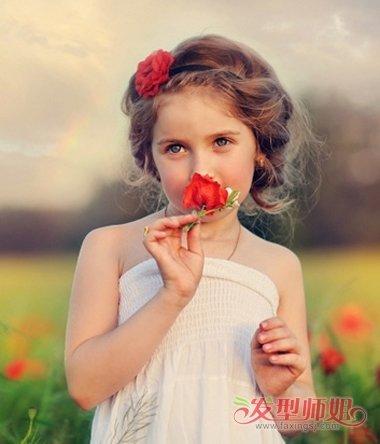 小女孩的发型方法步骤 小女孩最漂亮的发型(4)