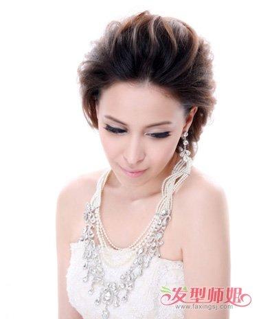 结婚有哪些盘发 中年婚礼韩式盘发图片