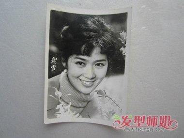 80年代中国第一女明星 大众情人龚雪的偏分发型图片