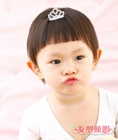 女宝宝齐刘海图片