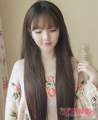jane 分享到  离子烫搭配出来的文艺范儿女生造型,长直发发型还要将发