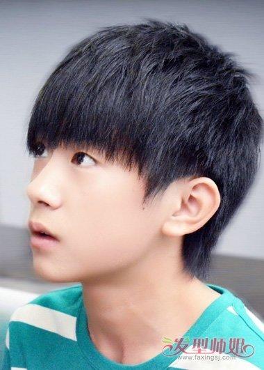 适合中学生的帅气的发型 高中生最帅的发型(3)