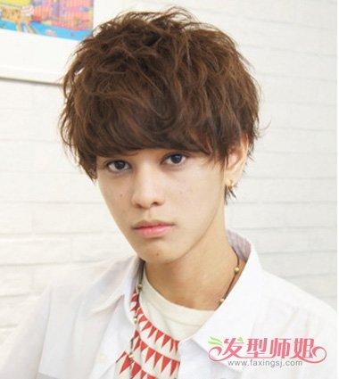 青少年各种帅气发型 咋样给自己弄一个帅气的发型(3)图片
