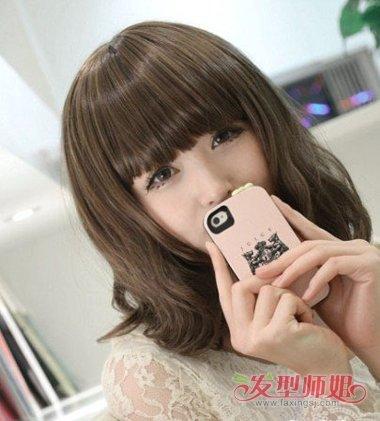 长脸女孩齐刘海齐肩发发型图片