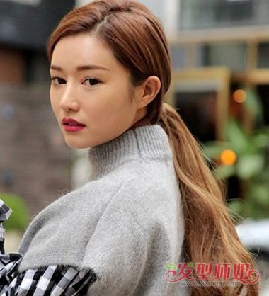 年轻女孩如何扎头发 2019年年轻时尚长发扎发_发型师姐图片