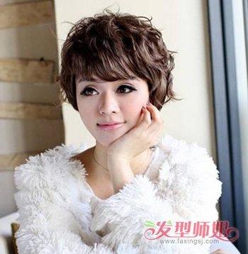 年轻人穿皮草适合什么发型 显年轻的女性干练短发发型