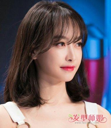 女生空气刘海齐肩短发发型