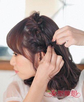 发型diy 短发扎发 >> 小女生的头花如何扎好看图解 用头花怎样扎头发图片