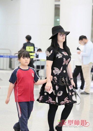 湘女儿王诗龄的夏天发型 8岁小女孩适合的扎发 发型师姐图片