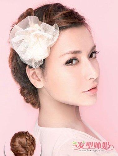 有什么漂亮的发型是把头发扎起来的 30秒扎漂亮简单发型(2)