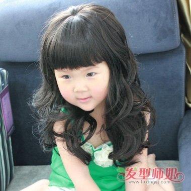 儿童节孩子打造的可爱发型 唯美卖萌的女童造型
