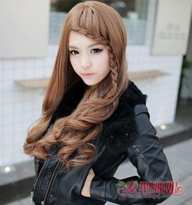 正刘海长发怎么编头发 自己编刘海处的头发(4)图片