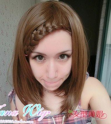 刘海三股辫的编法图解 额头前刘海怎么编辫子_发型师姐图片