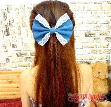 中分长发造型扎发方法 中分的中长发怎么扎好看(5)图片