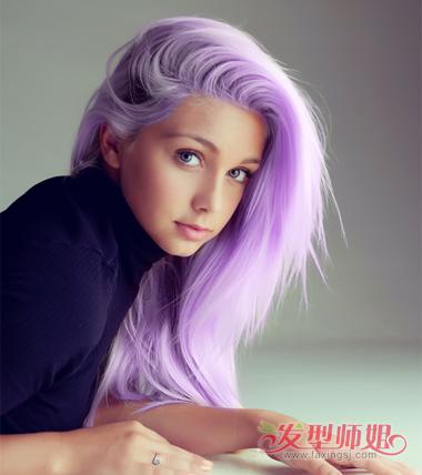 女生偏分侧梳浅紫色染发发型图片