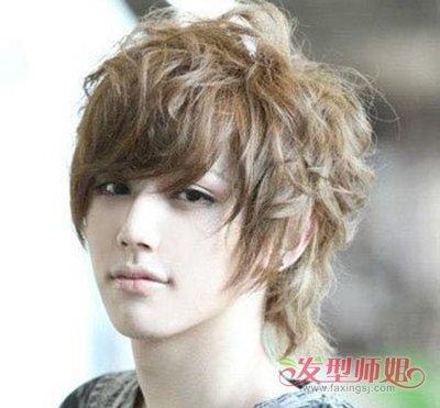 初中生俏皮的头型 俏皮男生发型(3)图片