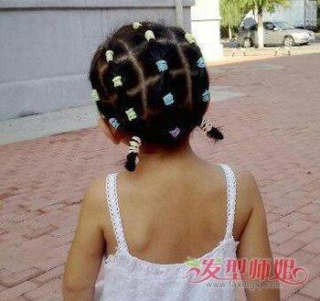 2019年3岁女童短发发型 适合头发短的宝宝扎的发型