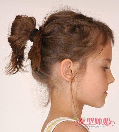 如何盘发带点凌乱 儿童简单盘发带图片(3)图片