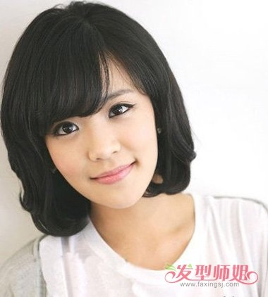 四十岁女人洋的发型_四十岁女人短发发型 四十岁女生短发发型设计