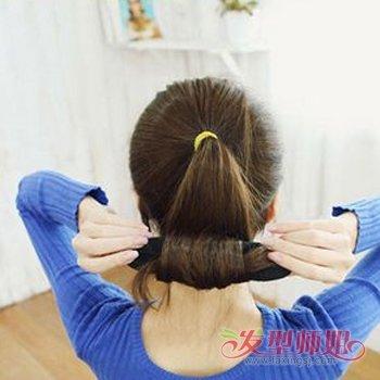 发型diy 盘发 >> 头发少怎么用盘发器 头发少盘发器的使用方法(2)  20图片