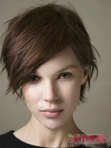 女生阴阳头短发发型 短头发适合什么发型图片