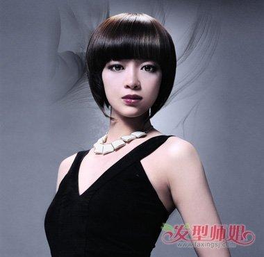 流行发型 日韩发型 >> 40岁女人剪什么短发才好看 2018年日本流行40岁