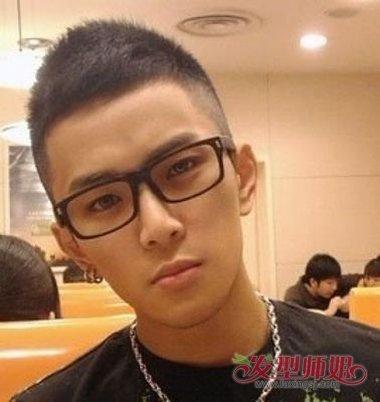 戴眼镜适合剪圆寸吗 圆寸头适合什么脸型(3)_发型师姐图片