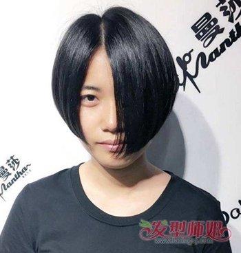 女生一侧长一侧短短发发型 今年流行的短发型图片(2)图片