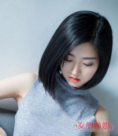 黑色的短 直发发型,哪种发型更加有特别感呢?图片