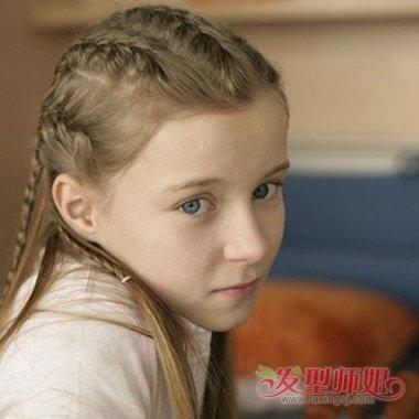 小女孩长直发无刘海扎辫子造型图片