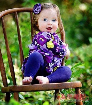 儿童比较有柔顺感的梳发发型,头发层次对小女孩的感觉也透着清新感.图片