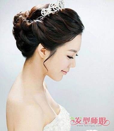 新娘最简单美丽的盘头 美丽编制头型_发型师姐图片