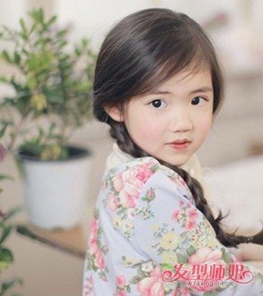 4岁小女孩头发少怎么扎简单又漂亮的发型图片