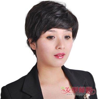头发多短发发型 2018女生流行发型短发图片