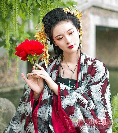 简单的古代头发的梳发 古代用簪子编头发(3)_发型师姐