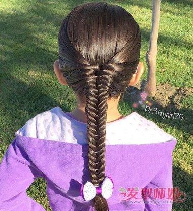 如何给女孩编头发 给小孩编头发的细节图片