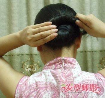 发型diy 长发扎发 >> 簪子的用法细节 好看简单的用簪子弄出的发型图片