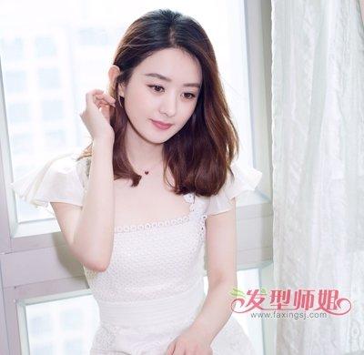 赵丽颖数字黑裙现身做窈窕淑女赵丽颖教科书短发发型图片