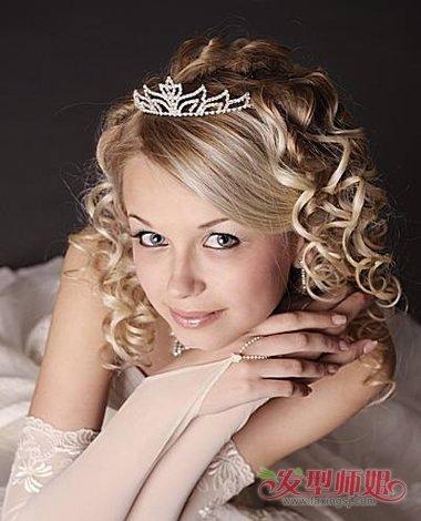 少女独唱演出戴皇冠的发型有哪些 适合花季少女的发型
