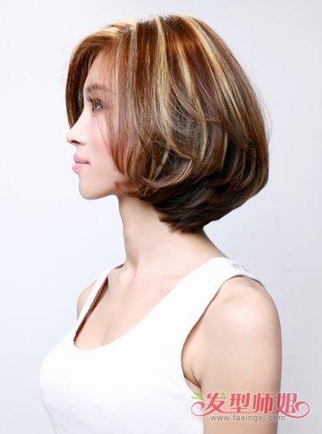 三七分梳理的沙宣发型将发尾部分的发丝做成层次感的内收设计,内蓬图片