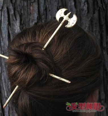 长发簪子盘头发型步骤图片 简单带簪子发型(3)图片