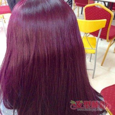 发型设计 染发 >> 栗色和酒红头发图片 酒红色头发与栗红色头发对比图