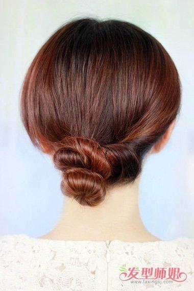 中年妇女发型怎么盘发好看 中年人适合盘什么样的发型图片