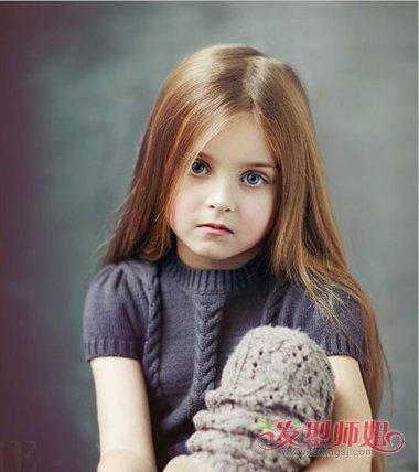发型设计 儿童发型 >> 小女孩梳头发型即简单又好看方法 怎样梳好看的图片