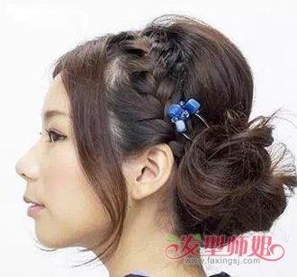 用发簪盘头发好看图解 怎样拿簪子扎头发(4)图片