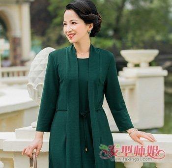 韩国50岁女士发型 2018年韩国最流行的中老年盘发发型