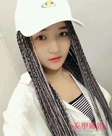 女生戴帽子编脏辫发型图片