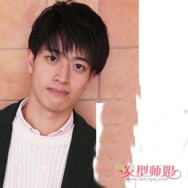 男生碎刘海发型图片 剪出的帅气造型图片